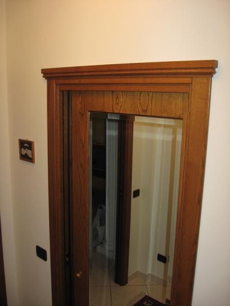 Porte in legno per interni produzione su misura - Porta specchio scorrevole ...