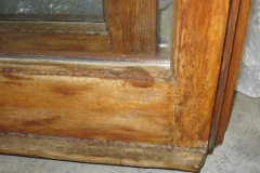 finestra vecchia da riparare